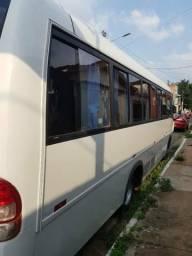 Vendo Micro-ônibus W9 - 2010