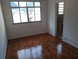 Apartamento c/1 quarto no Centro