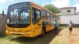 Onibus Escolar 38 lugares aceito trocar mercedes MB 1718 ano 2007