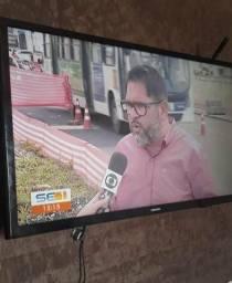 Vendo TV Samsung 32 smart com wifi com 1 ano de uso