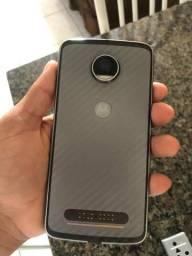 Troco moto Z2 play por iPhone 6 volto 200