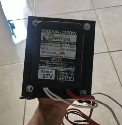 Transformador Demape 5000VA