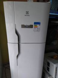 Geladeira Electrolux frostfree duplex