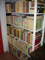 Livros, milhares de livros