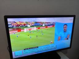 "TV 42""' Philips fina não é smart"