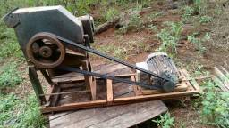 Picadeira motor diesel e motor elétrico