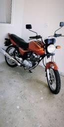 Vendo CG titan serie especial 35 anos Honda!