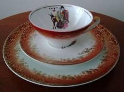 Trio chá porcelana.