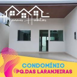 Casas em Condomínio, 02 dormitórios px da Av. Das Torres