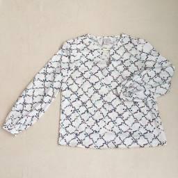 Camisa tipo bata acetinada tamanho G