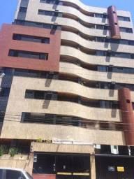 Alugo Apartamento no Edifício Casa Nova na Ponta Verde