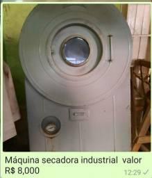 Máquina de lavanderia industrial