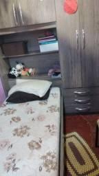 Vendo guarda roupa com cama embutida sem o cochao