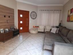 Título do anúncio: Casa para Venda em Limeira, Jardim Piratininga, 3 dormitórios, 1 suíte, 3 banheiros, 5 vag