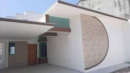 Título do anúncio: Linda e aconchegante casa, a 850 metros da Praia