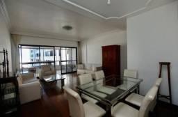 Apartamento 4/4 sendo 2 suítes 2 vagas de garagem na Pituba R$ 660.000,00