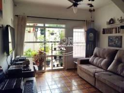 Casa assobradada em excelente localização na Vila Rezende. (CA00369)