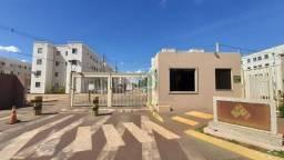 Apartamento com 2 dormitórios para alugar, 42 m² por R$ 900,00/mês - Vila Adelina - Campo