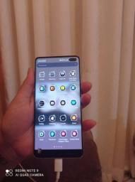 Samsung S10 128 gigas  700 reais