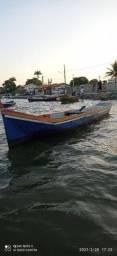 Canoa a motor gasolina