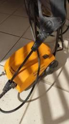 Vendo Lavadora de alta pressão 220v
