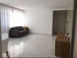 Apartamento com 3 Quartos e 2 banheiros para Alugar, 110 m² por R$ 3.400/Mês