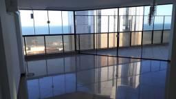 Excelente cobertura duplex no Centro com lazer e vista do mar