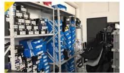 Título do anúncio: Estoque de equipamentos, móveis e utensílios para restaurantes e estoque Adidas