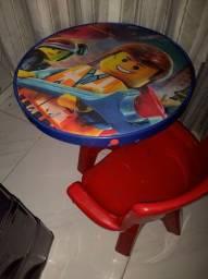 Mesa infantil