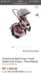 Carrinho de bebê travei system com bebê conforto.