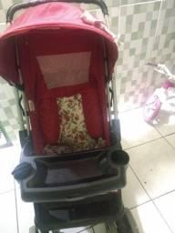 Título do anúncio: Carrinho de bebê menina