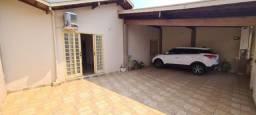 Título do anúncio: Casa para Venda em Araras, Jardim Tangará, 3 dormitórios, 1 banheiro, 4 vagas