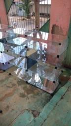 Vendo vitrine bem conservadas medidas na descrição