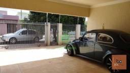 Título do anúncio: Sobrado com 4 dormitórios à venda, 198 m² por R$ 450.000,00 - Jardim Universidade - Arapon