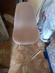 Título do anúncio: Cadeira eames
