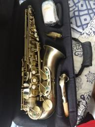 Sax alto Eagle Sa 500 Vg