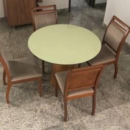 Mesa redonda com 4 cadeiras estofadas de imbuia