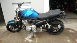 Sucata de moto para retirada de peças Suzuki GSX 650f 2011