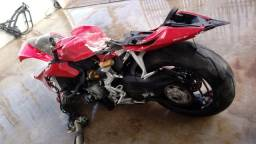 Sucata de moto para retirada de peças Ducati 1199 Panigali 2015