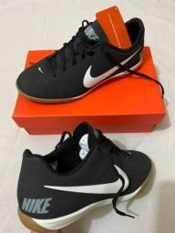Título do anúncio: Tênis Chuteira Futsal Nike