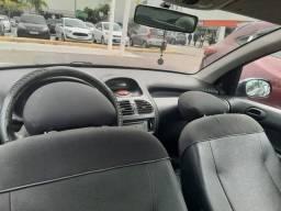 Carro Peugeot 206