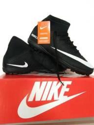 Chuteira da Nike Society Preta