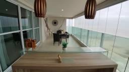 Apartamento com 3 suítes _frente mar na Ponta do Farol _condomínio clube de alto padrão