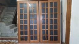 Vendo porta de madeira 4 folhas