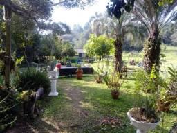 Alugo/Vendo belo sitio de 10000 m2 , próximo a reserva ecológica de Itapuã