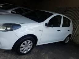 Renault sandero 1.0 2013 - 2013