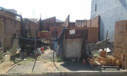 Terreno no Jardim Victorio Antonio De Santi Ii em Araraquara cod: 9075