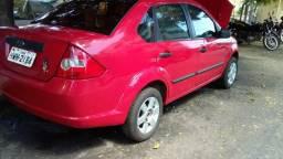 Fiesta Sedan Extra - 2005