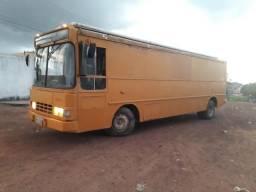 Vendo ônibus food truck, LEIA, PARCELO COM ENTRADA DE 25 MIL - 1988