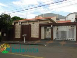 Casa à venda com 4 dormitórios em Centro, Apucarana cod:CA00215